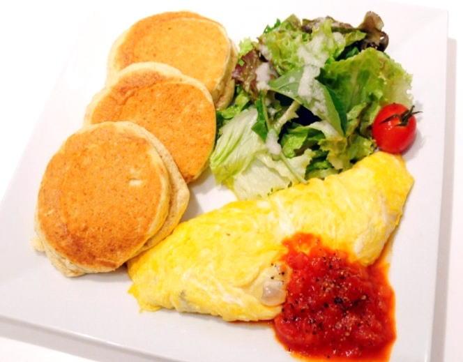 パンケーキ&きのこチーズオムレツ